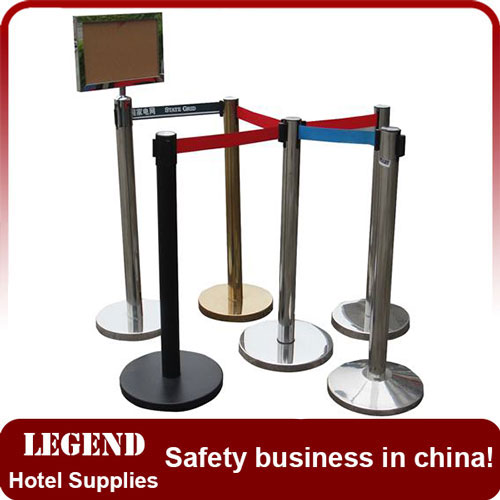 railing stand,Queue Pole,retractable railing stand,retractable belt barrier,crowd control barrier,railing stand for hotel,barrier post,parking barrier post,queue post,stanchion post,traffic barrier.jpg